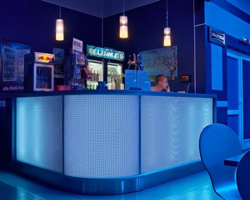 фото Барная стойка угловая, полукруглые барные стойки, барные стойки каталог